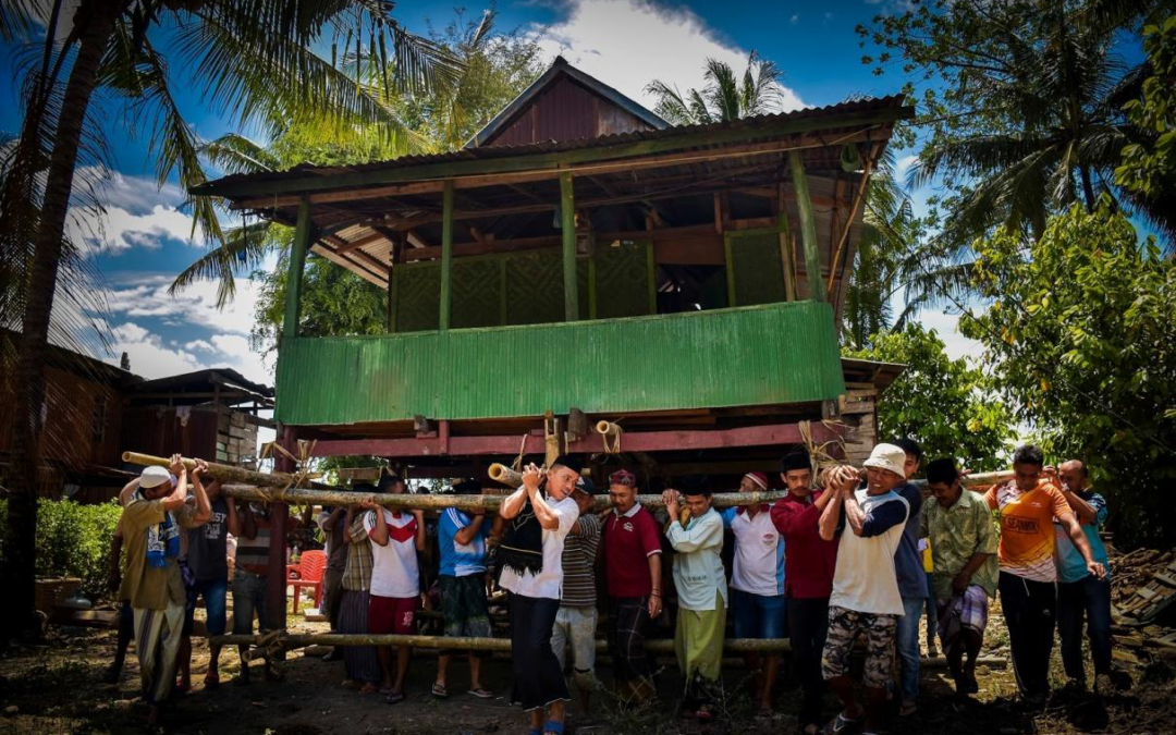 Mappalette Bola: Cerminan Gotong Royong Indonesia